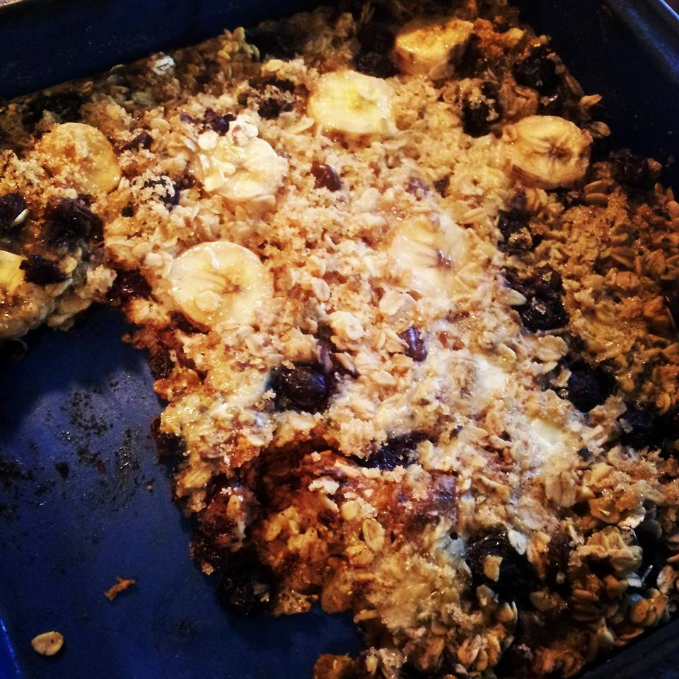 healthy blueberry banana oat bake